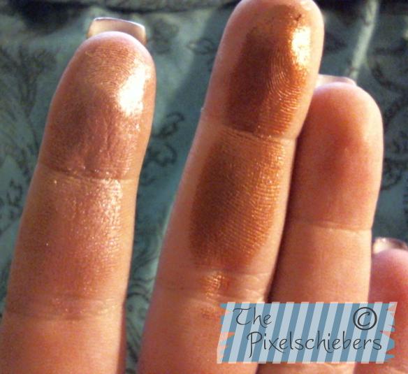 bronzer_finger